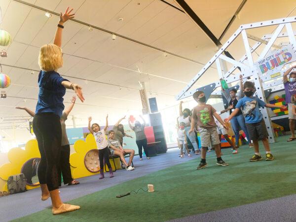 Thursday Night Live: Dance! @ Kansas Children's Discovery Center